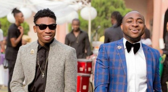 Davido Has N30bn In His Account – Mayorkun