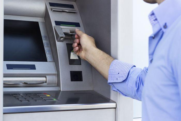 Here Are 9 Reasons Why The ATM Swallows An ATM Card (Must Read)