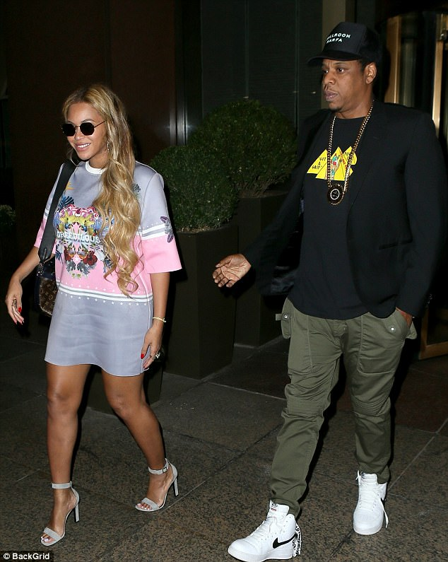 Beyonce With Jay Z - TEELAMFORD.COM