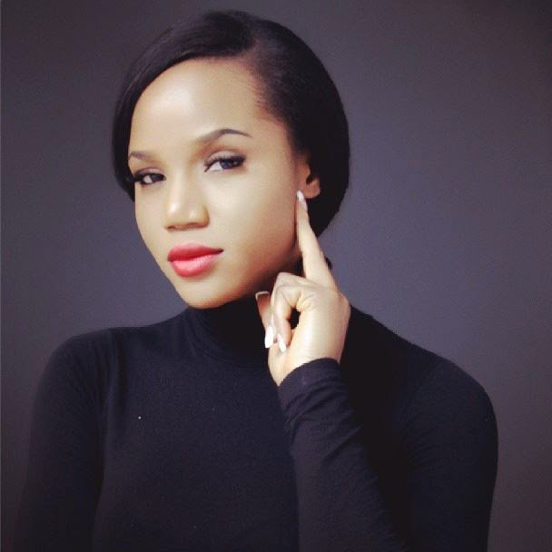 Badt Geh! Maheeda Goes Completely Nakked In Bathroom Selfie