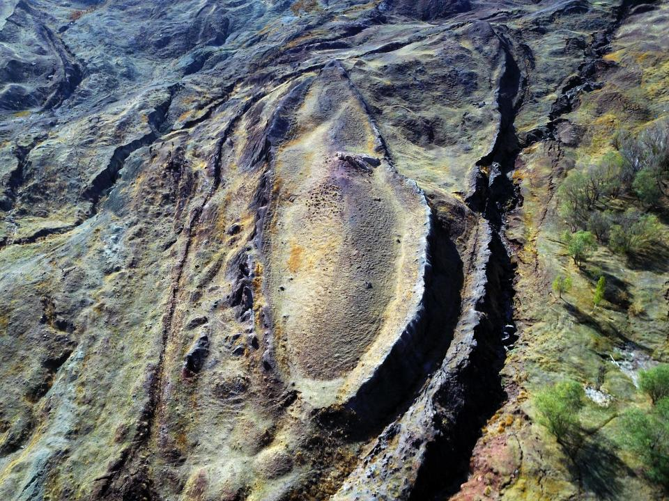 Wow!! Remains Of Noah's Ark Finally Discovered (See Photos ...