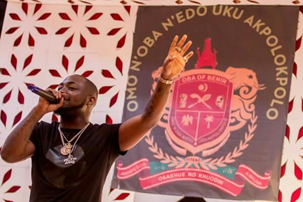 Pictures From Davido's Performance At Oba Of Benin's Anniversary