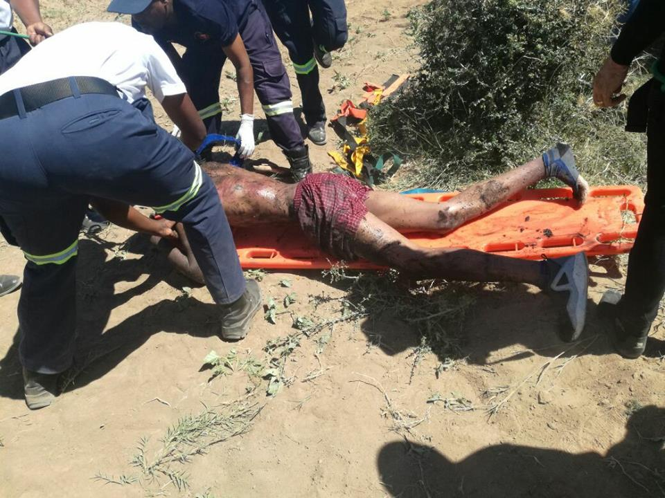Suspected Thieves Rescued By Police After Being Tossed Into A Well By Angry Mob (Photos)