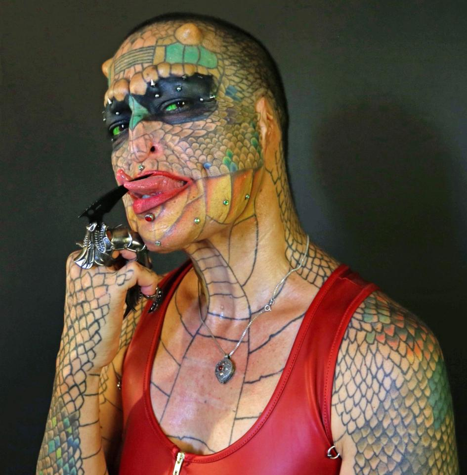 Transgender Transforms Herself Into A Dragon With 8 Horns After Being Diagnosed With HIV (Photos)