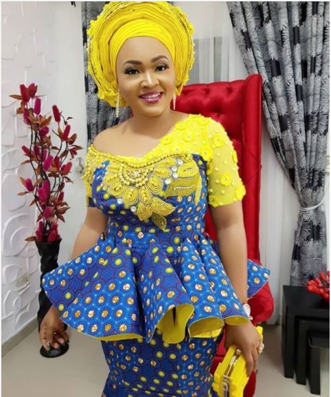 Nollywood Actress, Mercy Aigbe Looks Breathtaking In Beautiful Ankara Piece (Photos)