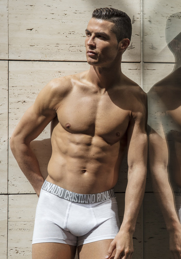 Cristiano Ronaldo Sends Girls Drooling With New Shirtless Photos To Promote Underwear Collection