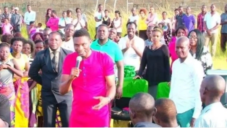 Nigerian Pastor Who Makes Members Lick His Shoes for Blessings Goes Viral (Photos)