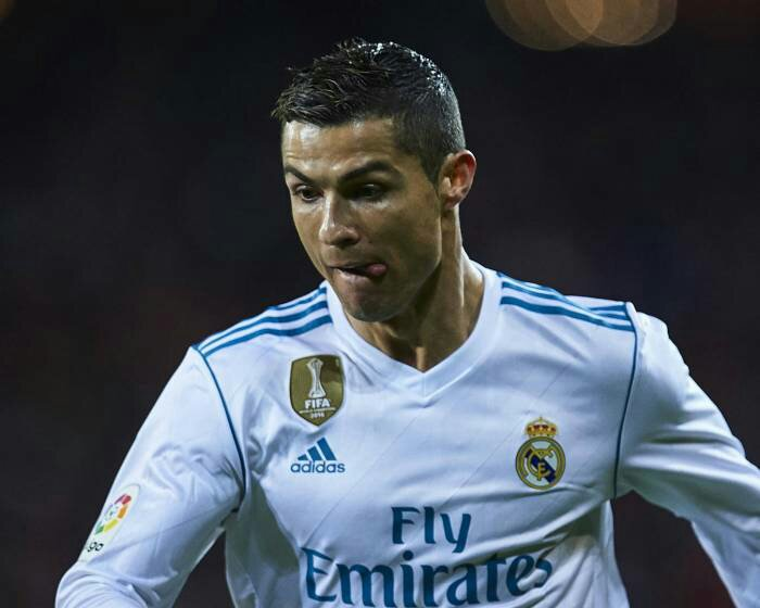 Cristiano Ronaldo Threatens to Dump Real Madrid for Manchester United this Season for 1 Reason