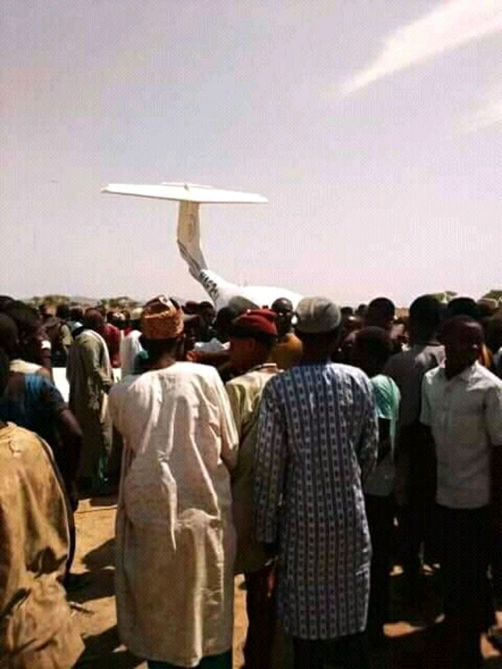 Residents Gather As Nigerian Air Force Plane Crashes In Kaduna State (Photos)