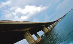 """Panic as Lagos state government """"creates"""" accident on 3rd mainland bridge"""
