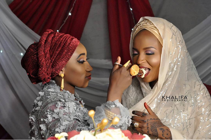 Lady Throws a Grand Party for Husband's New Wife (Photos)