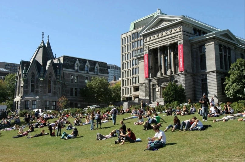 Top Canadian Universities Without Application Fee
