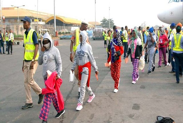 7 Pregnant Women, 211 Others Land in Nigeria From Libya