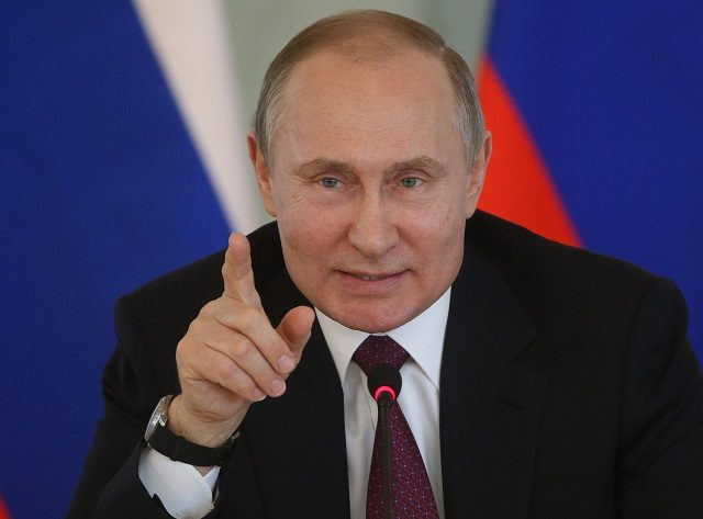 Russia's Cabinet Resigns as Putin Got Inaugurated For New Term
