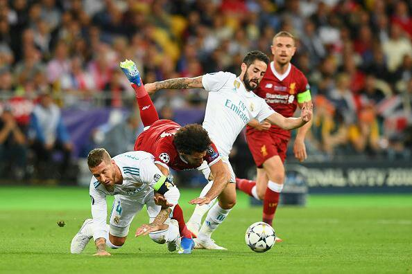 Petition to Punish Ramos for Injuring Salah Passes Over 200,000 Signatures