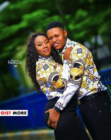 Man Grabs His Wife-To-Be Butt In Lovely Pre-wedding Photos