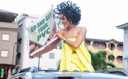 Popular Model, Chika Lann With Her N40million Hair Causes Stir At Lagos Market During PVC Campaign