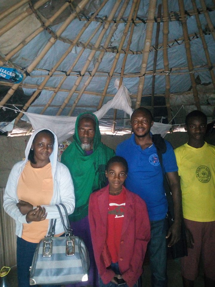 Stranded Men Meet Fulani Herdsman In Abuja. See What Happened (Photo)