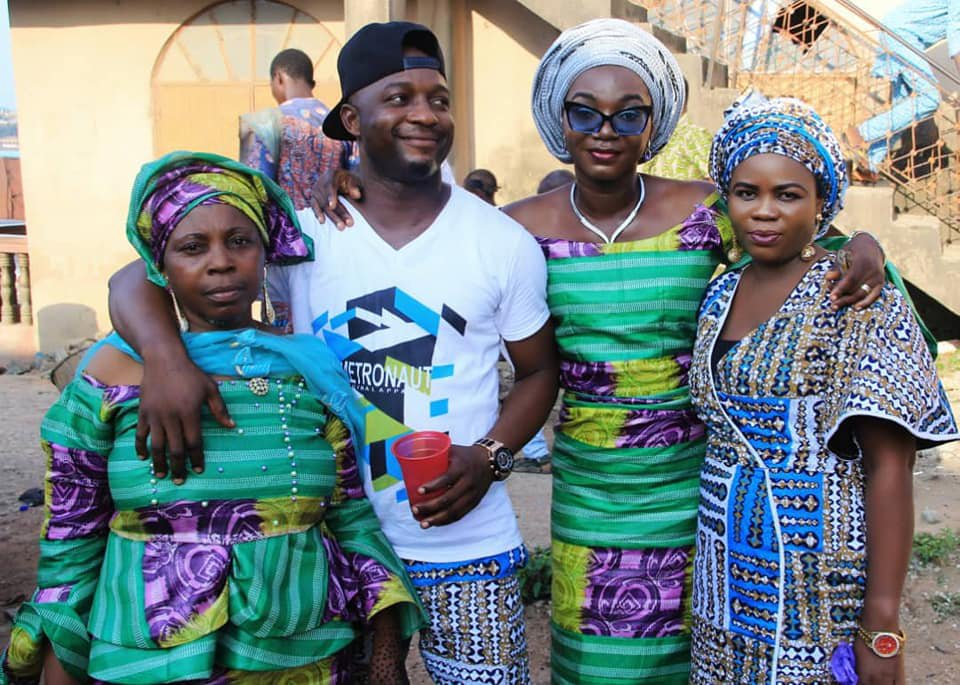 Nigerian Man Grabs Mother's B0obs as they Step Out for An Event (Photos)