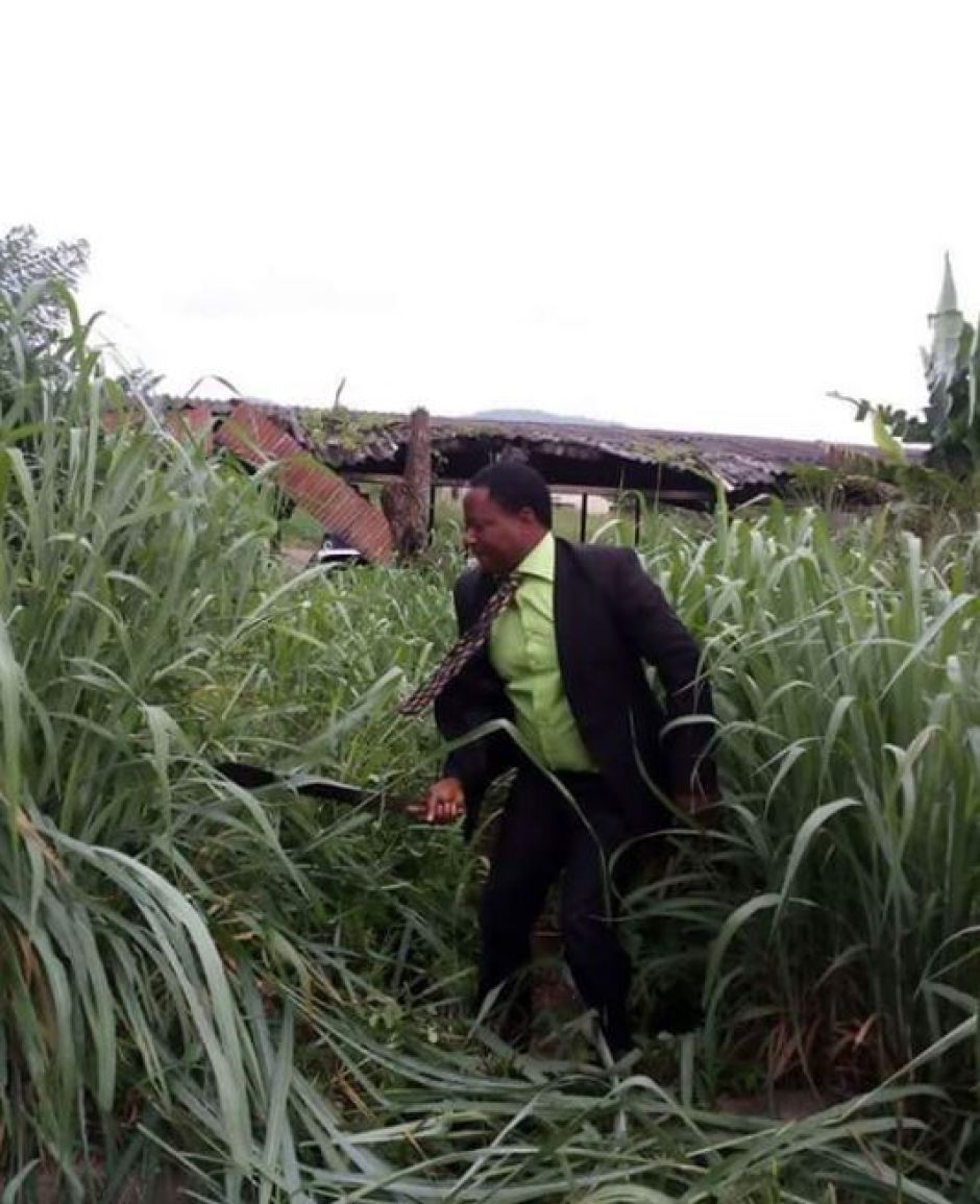 Awkward Pictures Of Nigerian Lawyers Cutting Grass Surface