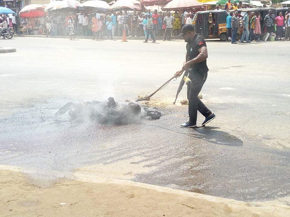 Man Mobbed And Burnt To Death While Trying To Steal Motorcycle (Graphic Photos)