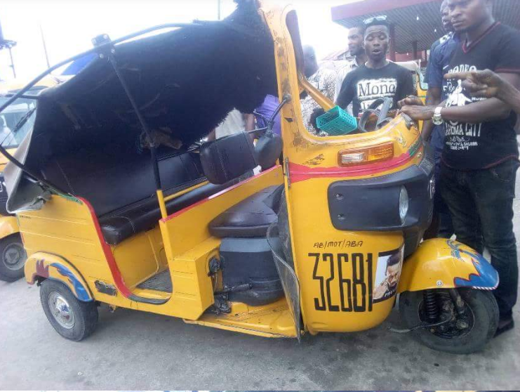 Bravery! See What Speeding Keke Driver Did To Prevent Accident In Aba