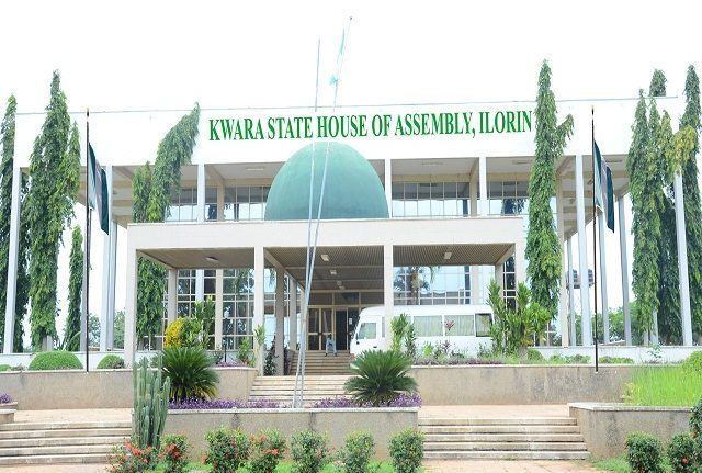 Breaking: More Drama As 23 Members Of Kwara State House Of Assembly Dump APC For PDP