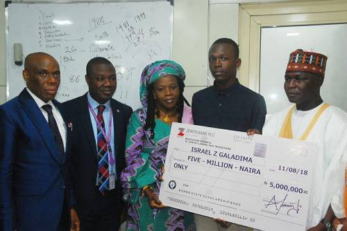 Boy Who Scored 364 In UTME Finally Receives His N5 Million Cash Prize (photo)