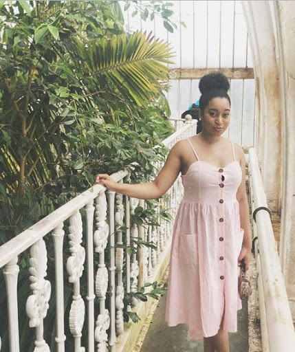 Nigerian Lady Celebrate Her 25th Birthday, says People Mistake Her Age For 21yr-old.. See How She looks (photos)