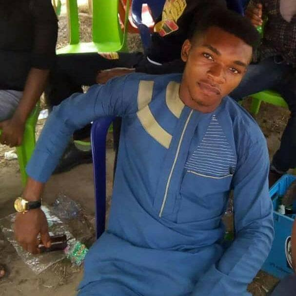 Sad! Young Handsome Final Year Student Hang Himself to Death in Abia state (Photos)