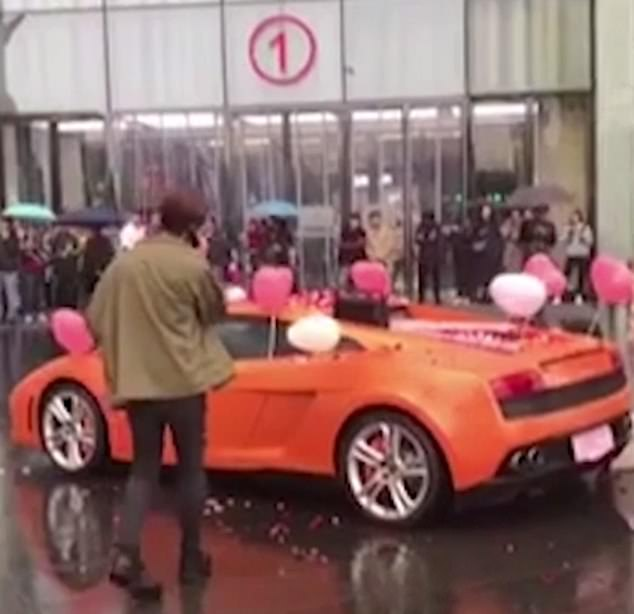 Billionaire Man Gets Rejected By His Girlfriend After Buying Lamborghini To Propose To Her (Photos)