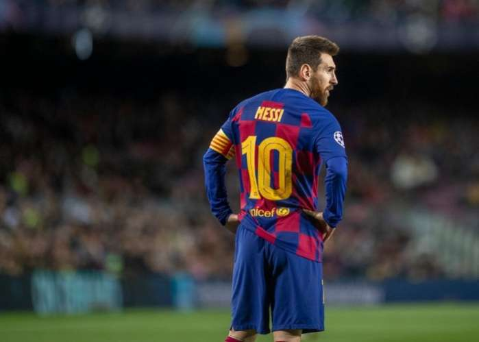 Barcelona Boss Vows Lionel Messi Will Stay At Camp Nou