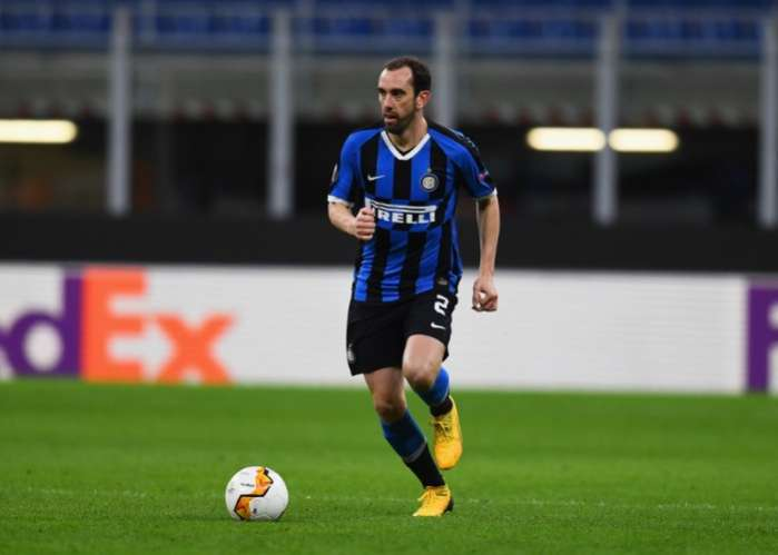 Diego Godin Has No Plans To Quit Inter Amid Tottenham Transfer Speculation