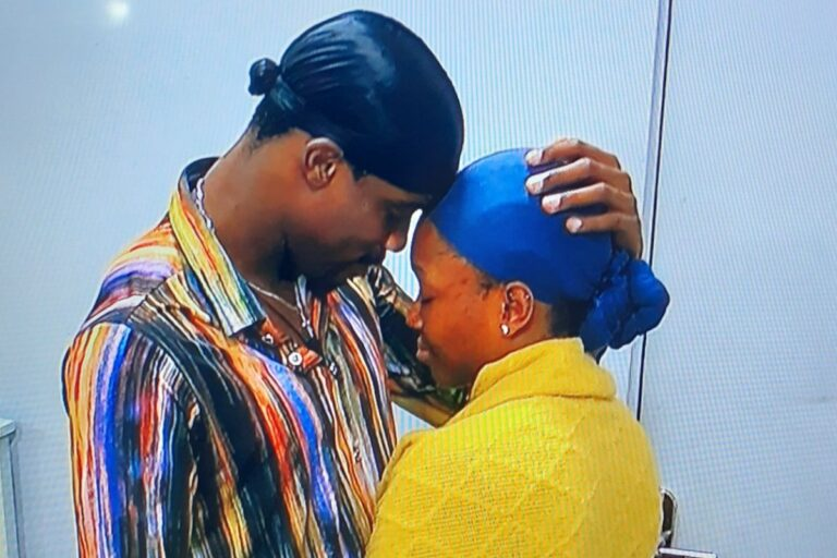 Can you ? BBNaija Neo Washes Vee's Pant [Video]