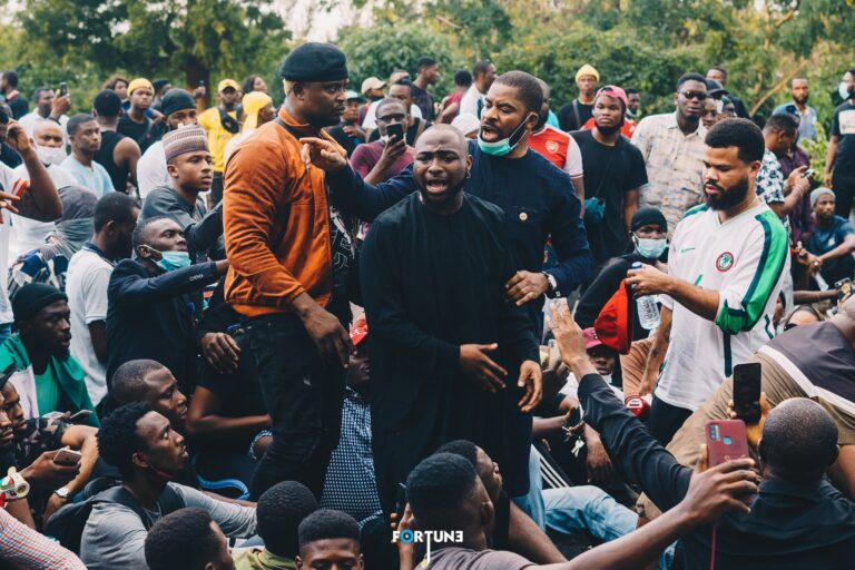#EndSARS: Davido yabs FG for banning protest in Abuja