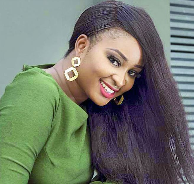 Etinosa Lambasts A Follower Who Said Her Baby Daddy Is Responsible For Her Success